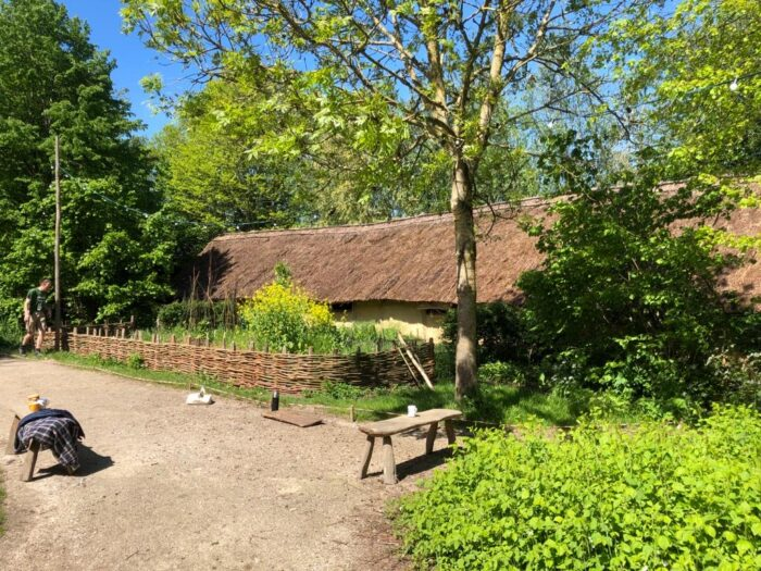 Kalkverf boerderij Archeon